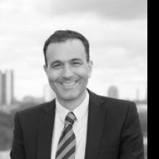 Dennis de Gier consultant rapportage controlling vraagstukken Advies Interim Recruitment Werving en Selectie financials
